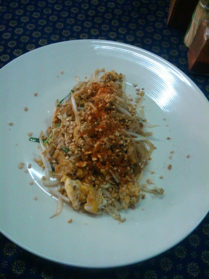 cooking class chiang mai pad thai