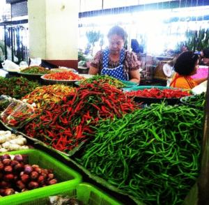 Pet mak mak! (very spicy!) - you live in thailand when