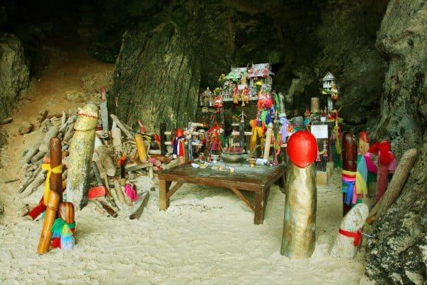 Penis cave at Railay Beach - Railay Beach and Tonsai Beach