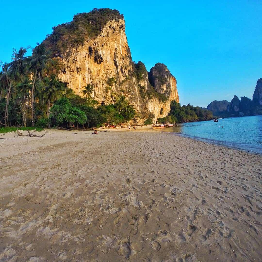 tonsai thailand beach