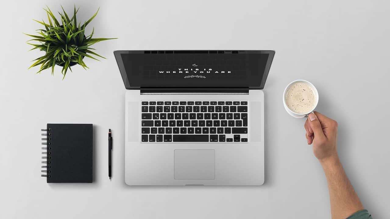 A good digital nomad job is becoming a virtual assistant