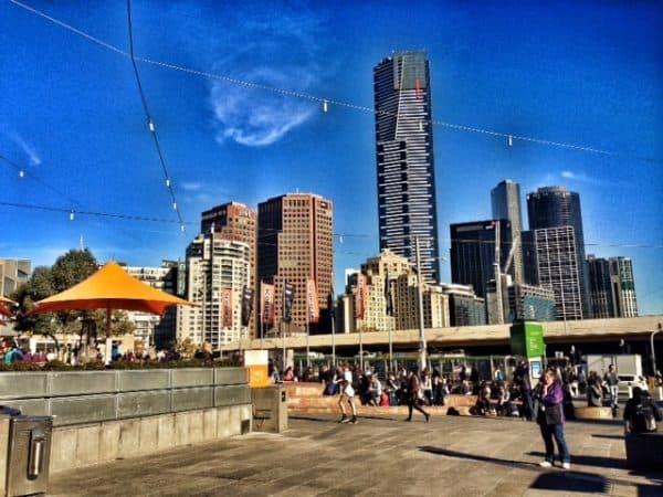 skyline living in melbourne australia
