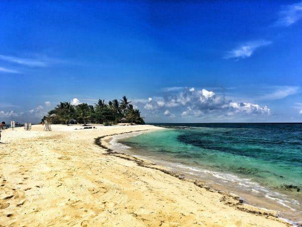 Kalanggaman Island, leyte, sandbar in philippines