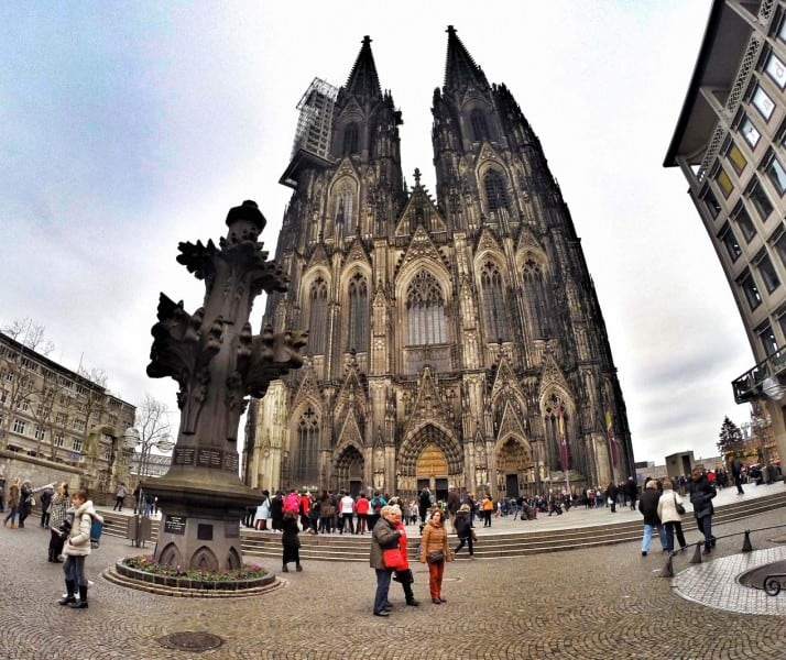 roaming around Cologne Cathedral