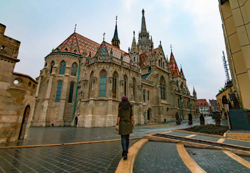 Where to stay in Best? The best area to stay in Budapest - Buda vs Pest