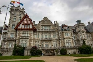 palaces in northern spain
