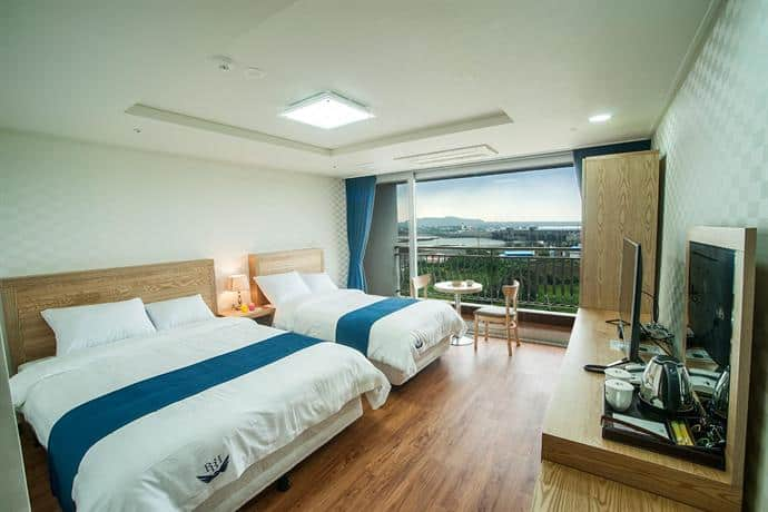 Breeze Bay Hotel is one of the best places to stay in jeju under budget