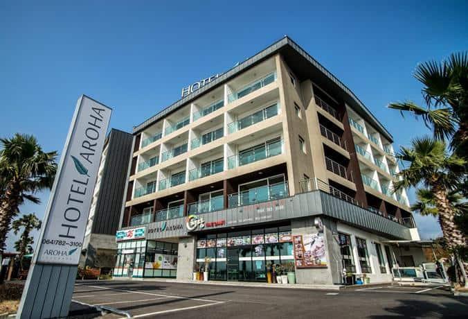 Experience The luxury of Hotel Aroha in mid range