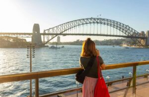 How to Get a Job in Australia & Save a Sh*t Ton of Money