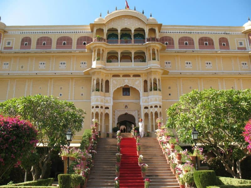 Beautiful palaces to see in India for beginners.