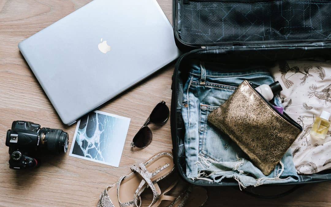 21+ Digital Nomad Jobs: Take Your Desk Around The World