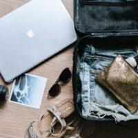 21+ Digital Nomad Jobs: Take Your Desk Around The World