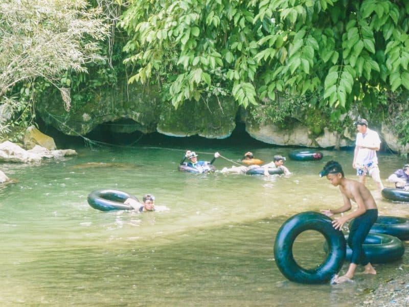 tham nam cave Vang Vieng