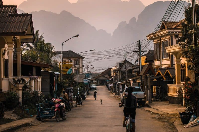Vang Vieng street view
