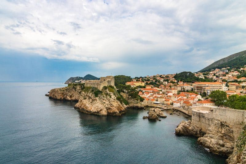 Dubrovnik cliffs