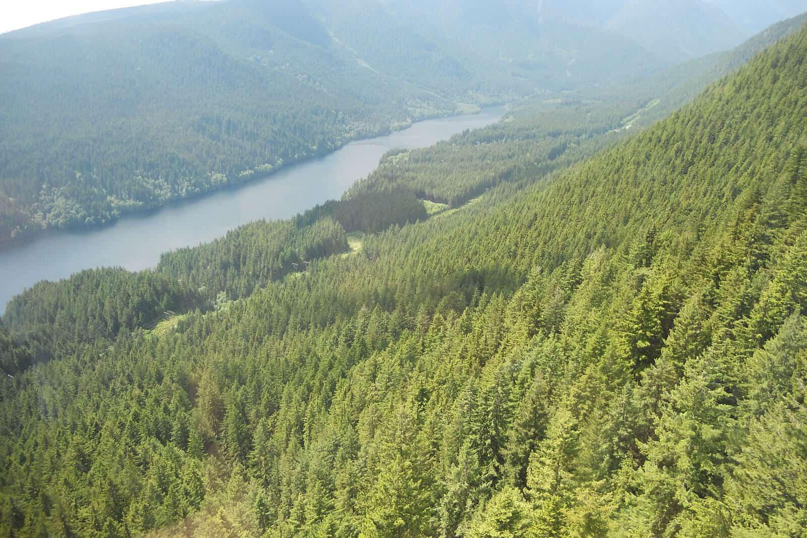 canada nature hiking trails