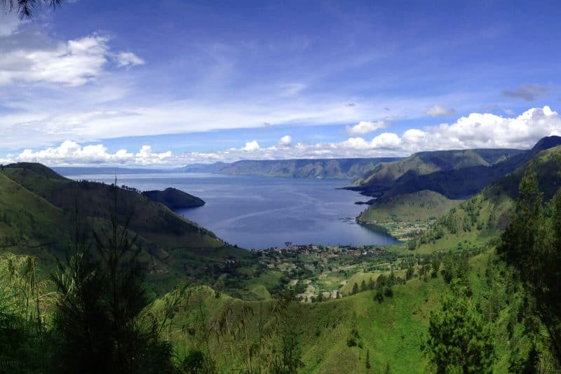 lake indonesia