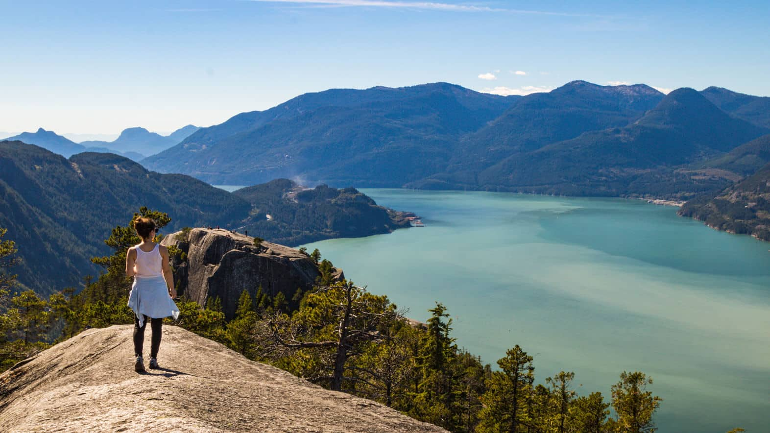15 vancouver hikes that 39 ll take your breath away make. Black Bedroom Furniture Sets. Home Design Ideas