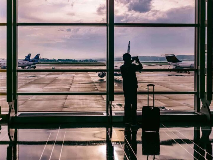Carry On Essentials + How to Pack a Carry On Bag