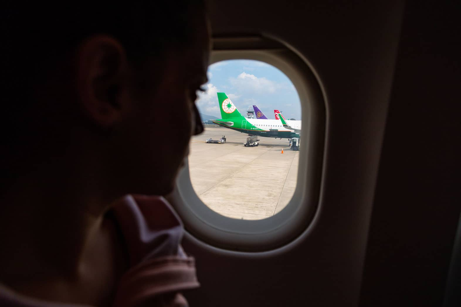 Long Haul Flight Tips and Essentials for Surviving Economy