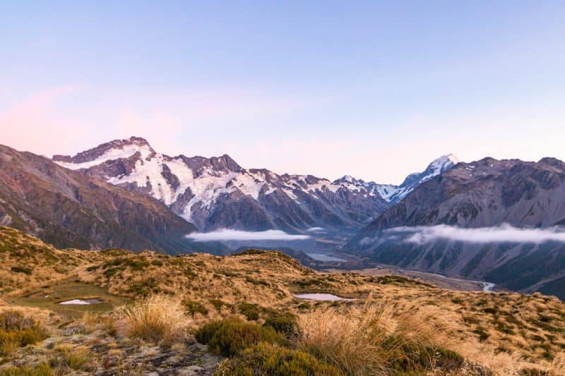 mount cook hike red tarns sunrise