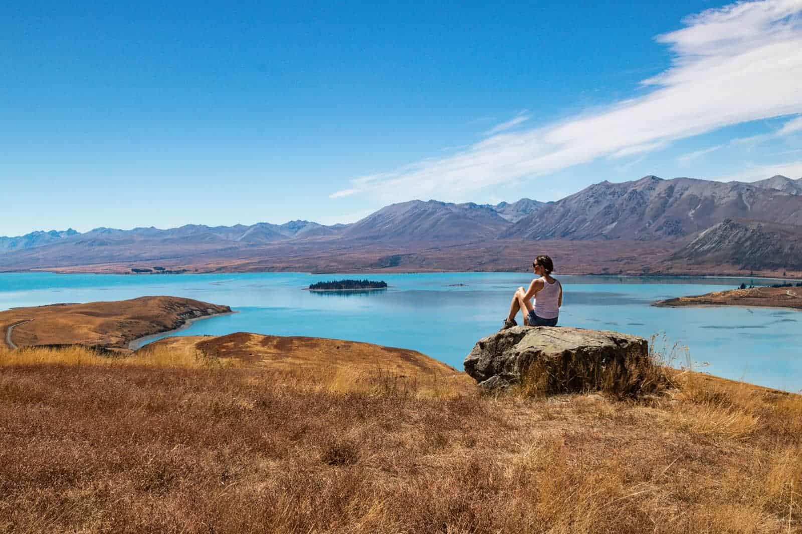 An Adventurer's Guide to Exploring Lake Tekapo, New Zealand
