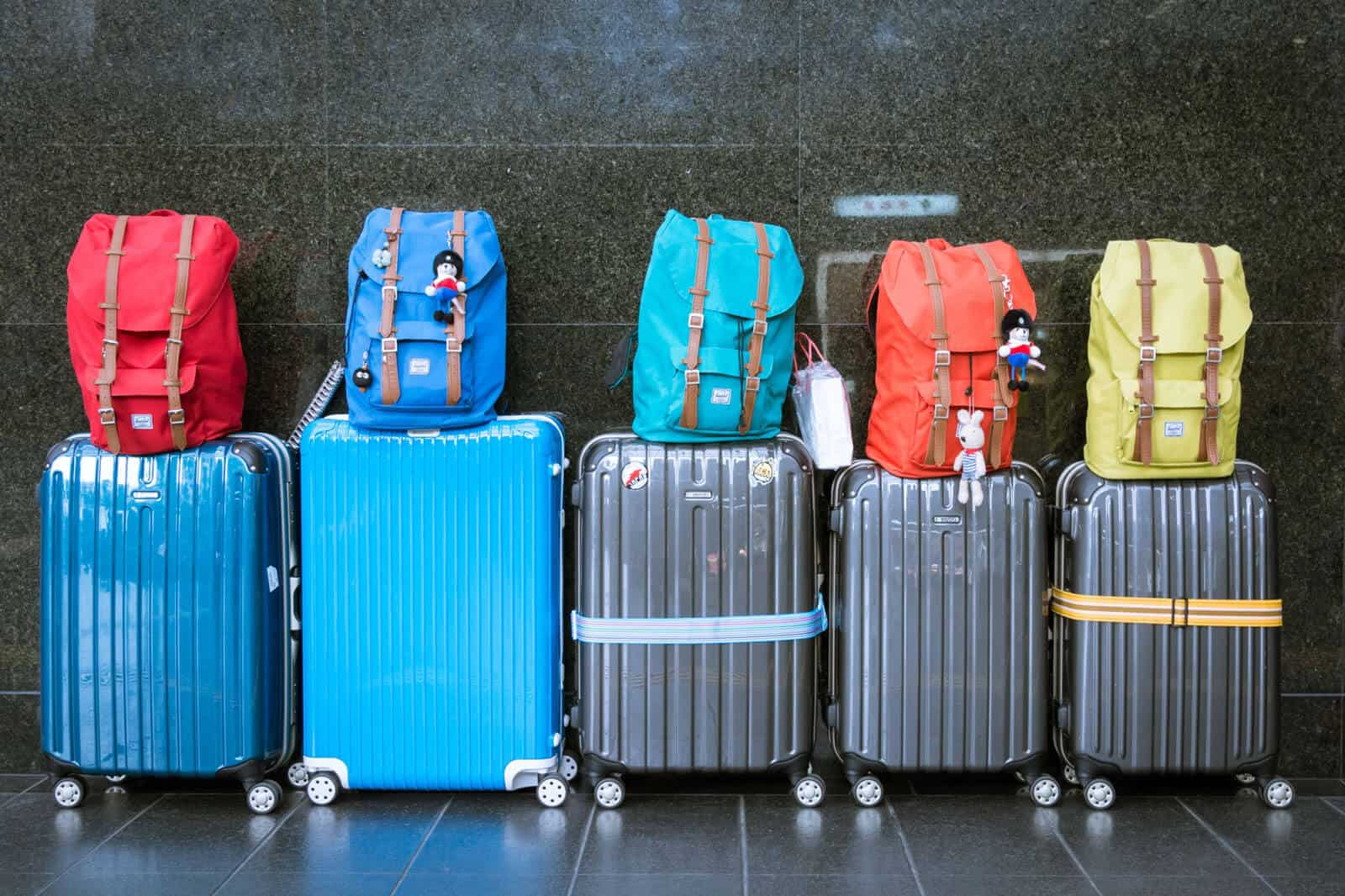 Choosing theBest Hard Shell Luggage for Your Trip (+ 11 Great Suitcases)