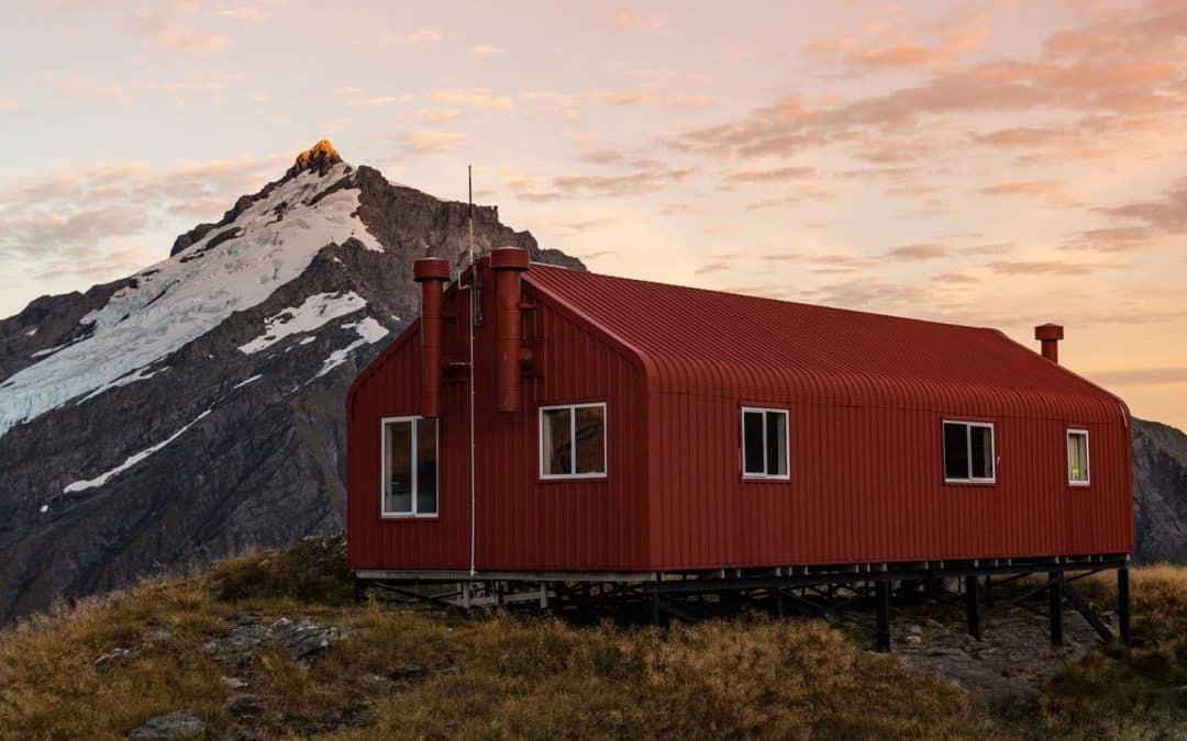 A Guide to Hiking French Ridge Hut in Aspiring National Park (New Zealand)
