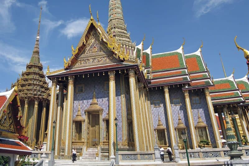 grand palace bangkok temple