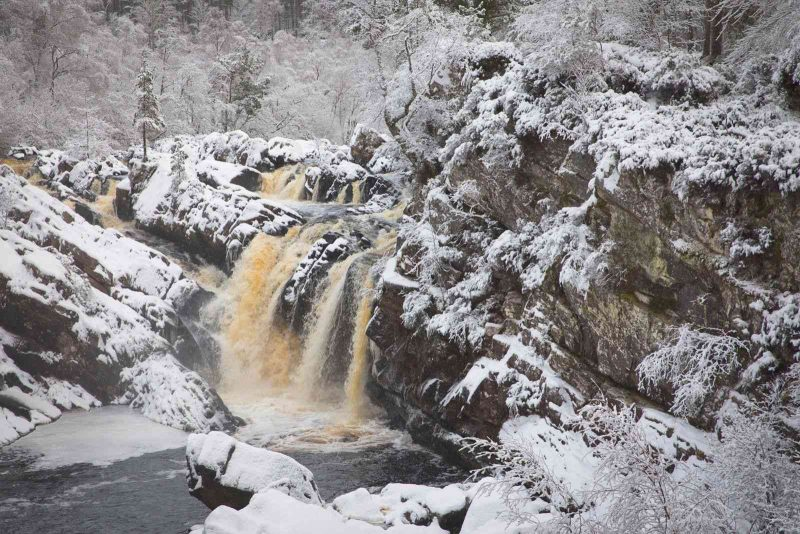 Roggie Falls is a good spot to visit during Scotland road trip