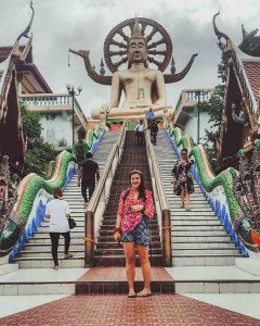 Thailand tips include seeing a lot of temples.