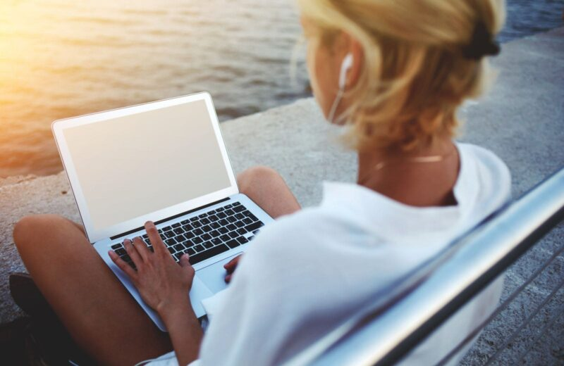 20 Entry-Level Online Jobs With No Experience Needed (So You Can Travel More)