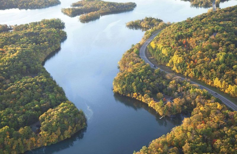 Discover one of the best scenic American road trips on the Great River Road.