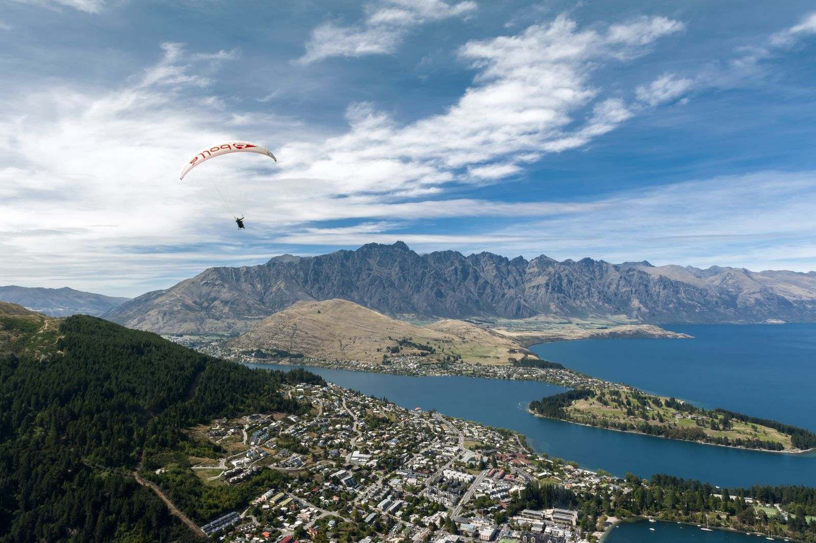 How to Pick Your Skydiving Zone in New Zealand – A Guide to an Ultimate Adventure