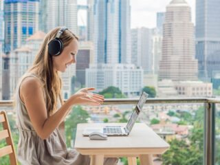 7 Best Cheap Online TEFL Courses To Teach English Abroad or Online