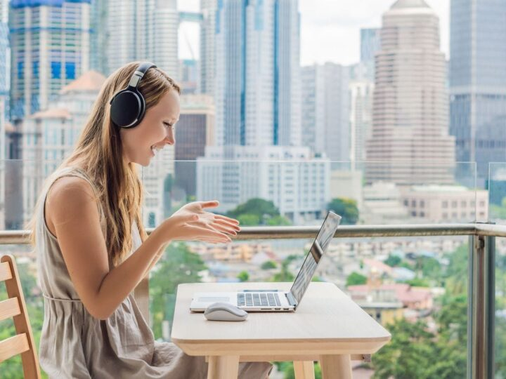 7 Best Cheap Online TEFL Courses To Teach English