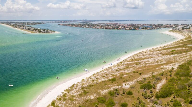 View of the water in Shell Key in Fort de Soto Park