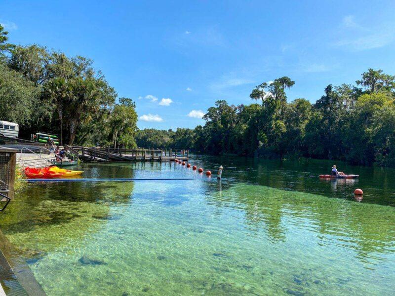 Kayak rental in Rainbow Springs State Park